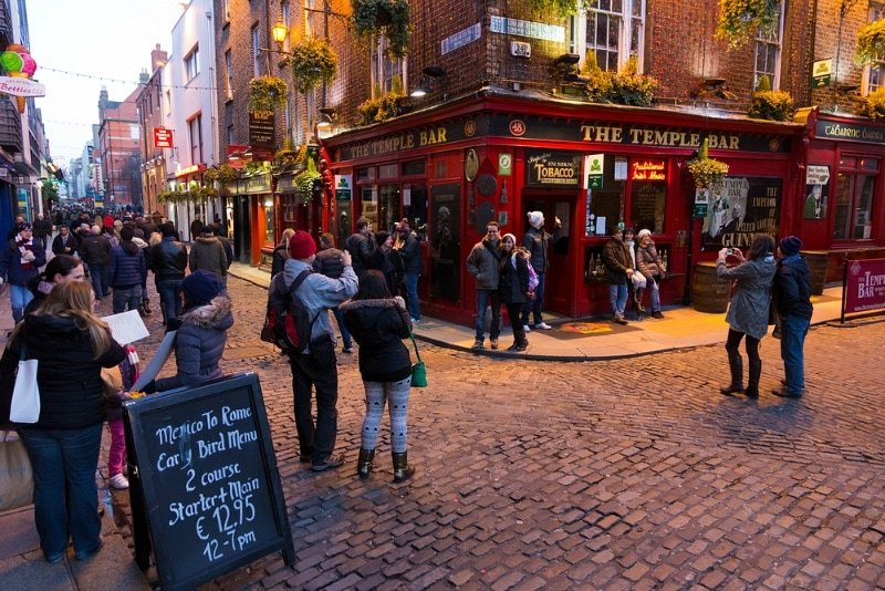 Temple Bar district ~ How to Spend a Perfect Day in Dublin, Ireland