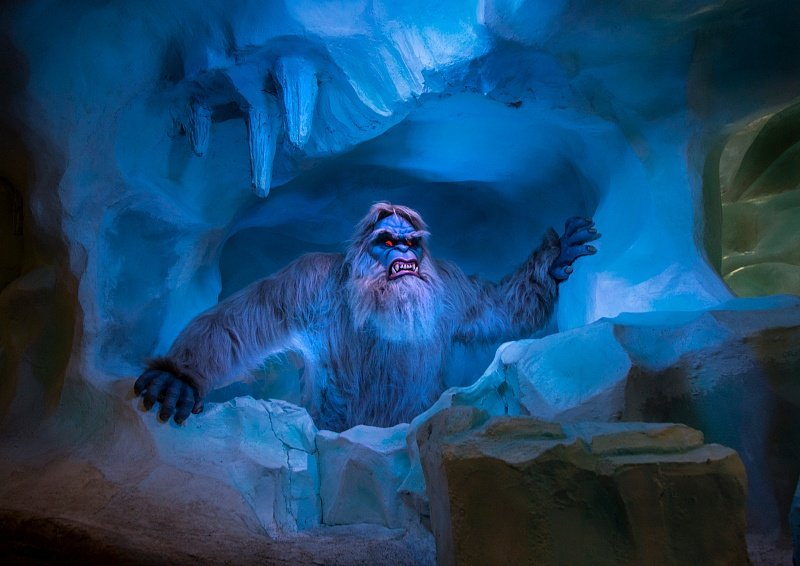 Appearances by the Abominable Snowman are part of the fun on Disney's Matterhorn Bobsleds ~ Disneyland vs Knott's Berry Farm