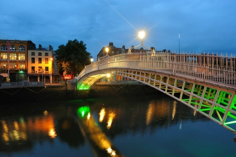 The Ha'penny Bridge over the River Liffey ~ How to Spend a Perfect Day in Dublin, Ireland