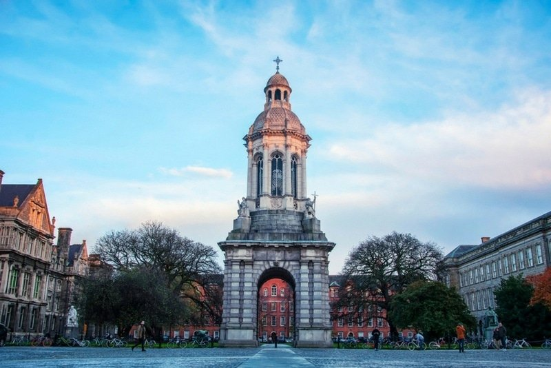 The campus of Trinity College Dublin ~ How to spend a perfect day in Dublin