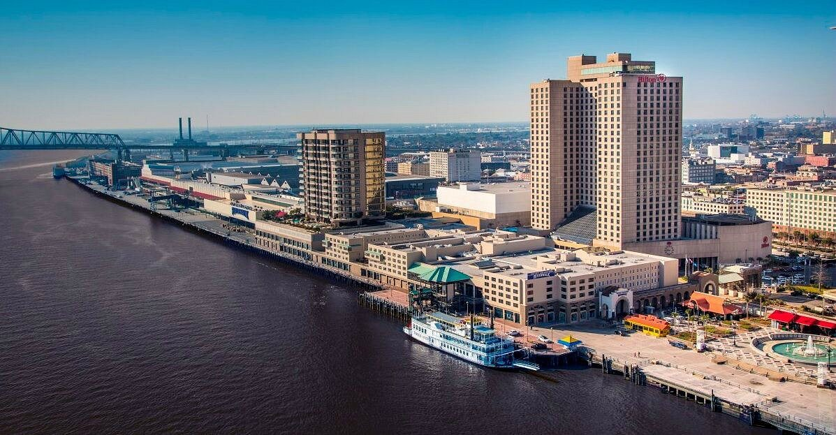 Hilton New Orleans Riverside Mother's Day Hotel Package