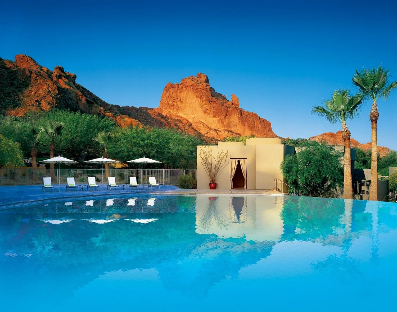 Camelback Mountain Resort & Spa Mother's Day Hotel Package