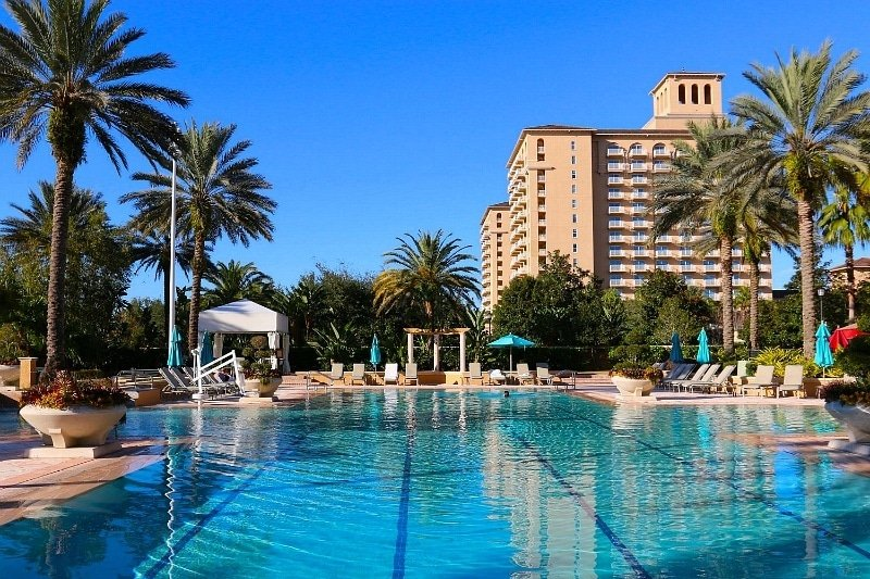The Grand Lakes hotel spa pool is shared by Ritz Carlton and JW Marriott