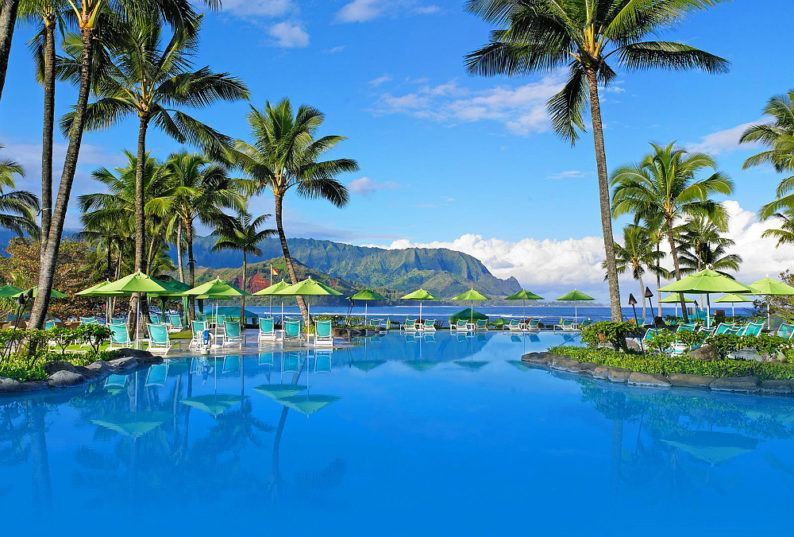 St. Regis Princeville Resort's amazing infinity pool ~ Best Hotel Pools in Hawaii for Families