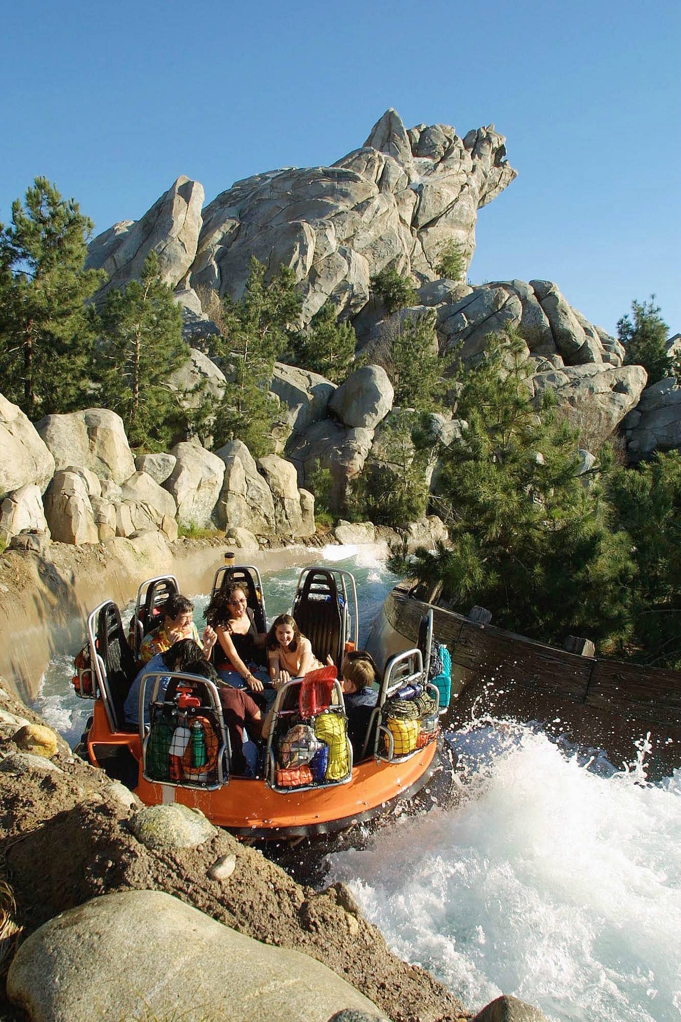 Grizzly River Run can be a dry or a VERY wet ride ~ 17 Scariest Rides at Disneyland and Disney California Adventure