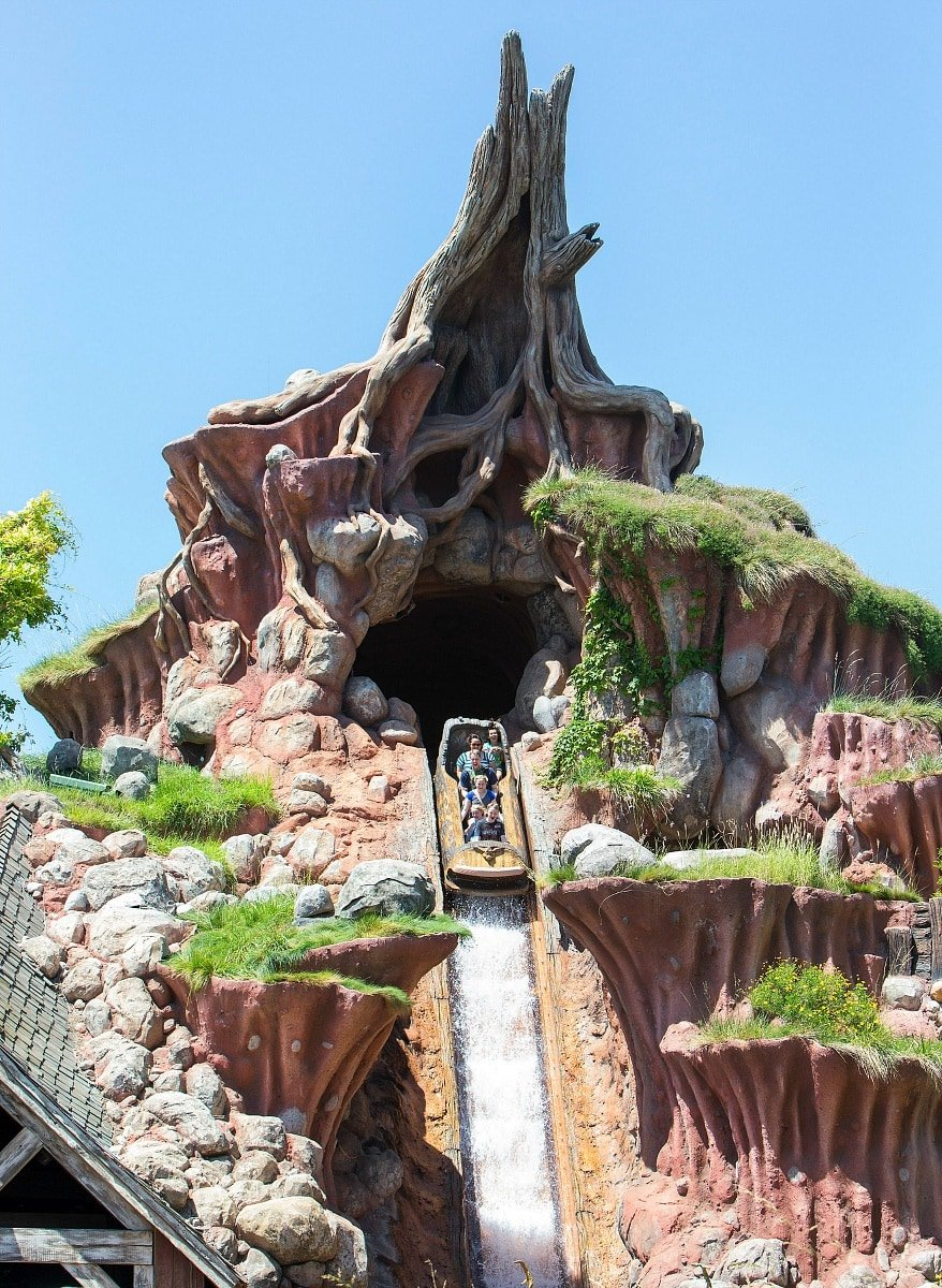 The drop at the end of Splash Mountain will make your heart race ~ 17 Scariest Rides at Disneyland and Disney California Adventure