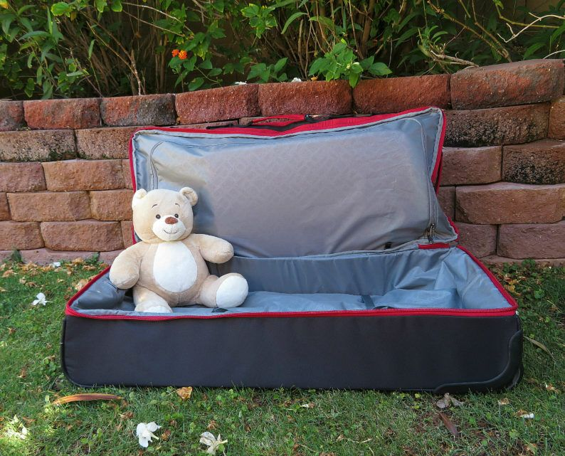 Eagle Creek's Drop Bottom Duffel boasts a roomy compartment for camping gear, dirty clothing or teddy bears ~ Durable Luggage for Family Travel