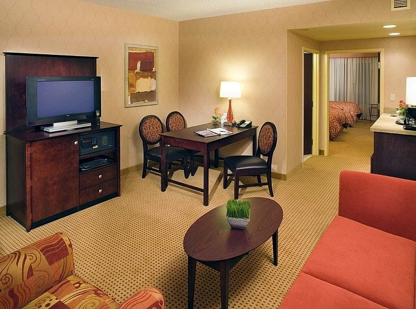 Feel right at home at Embassy Suites Huntsville