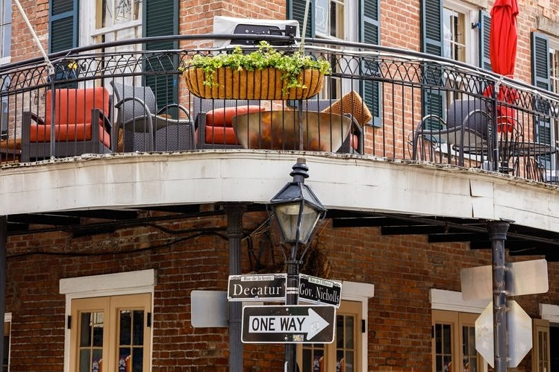 Decatur Street is full of family-friendly restaurants ~ New Orleans on a Budget with Kids