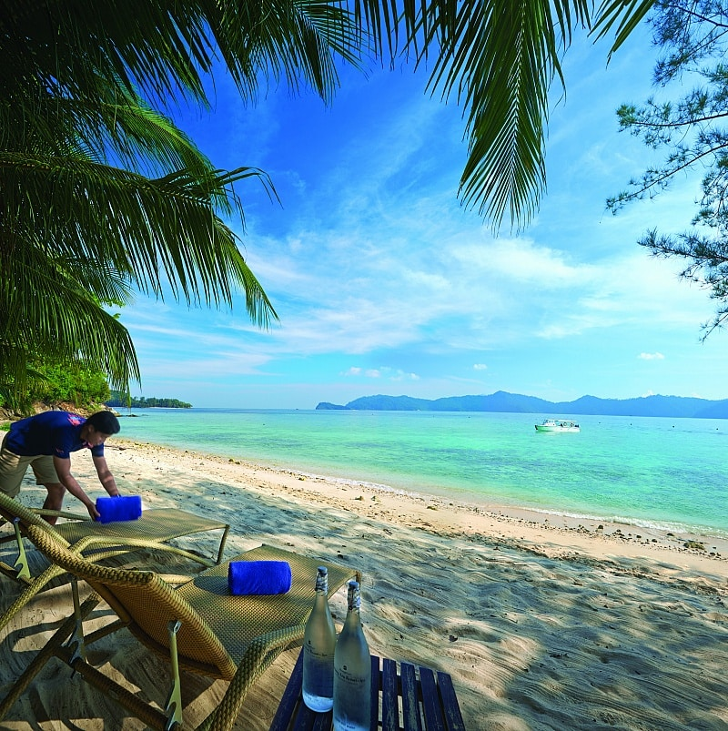 Private Beaches: 10 Best Beach Hotels For Kids According To Family Travel