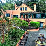Apple Wood Inn Bed & Breakfast Review ~ Sonoma Valley Romantic Getaway