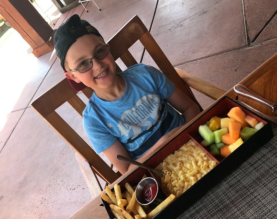 Cute bento box-style kids' lunches at Saguaro Blossom at Four Seasons Scottsdale with kids
