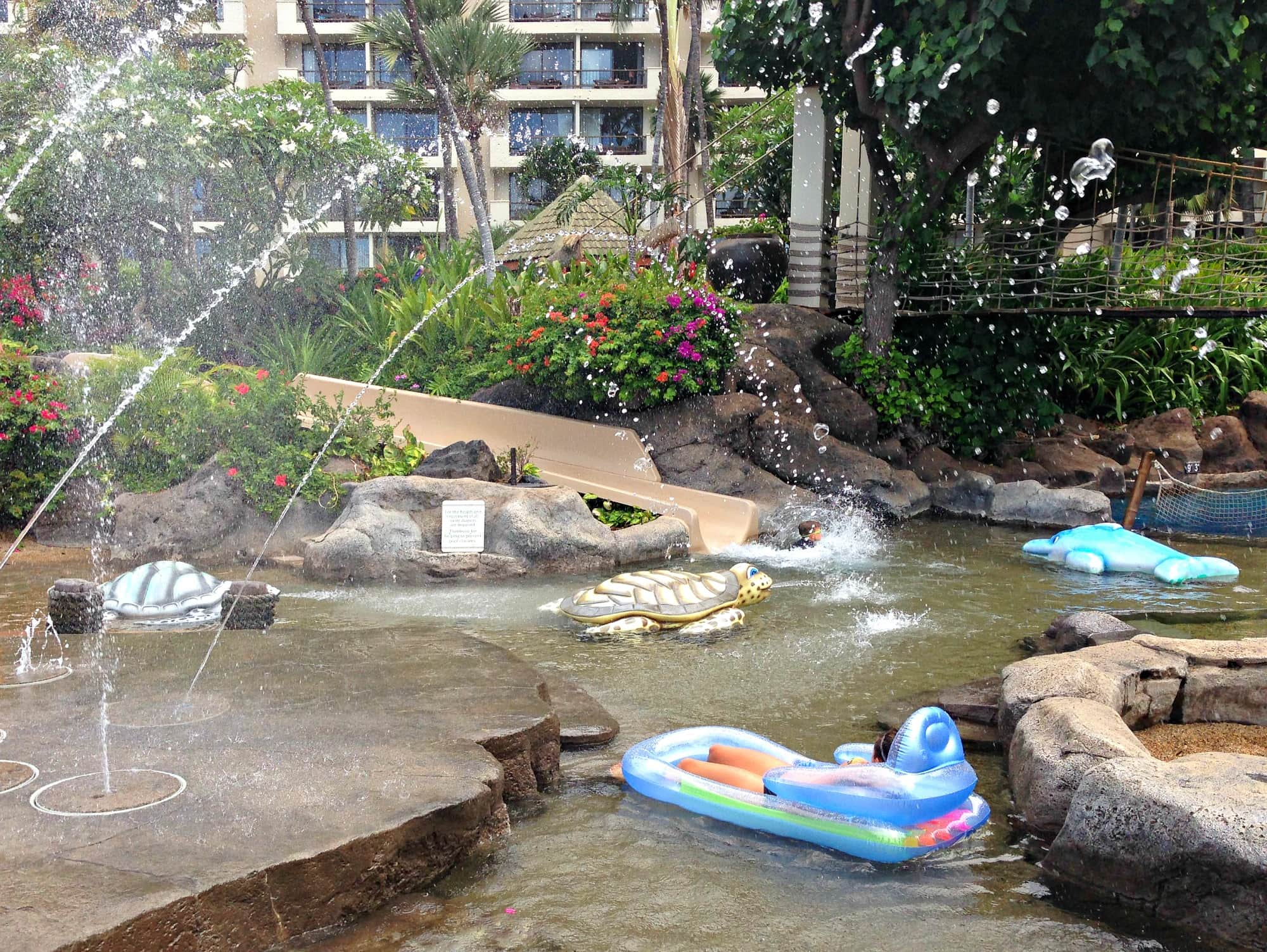 Keiki Lagoon at Hyatt Regency Maui with kids