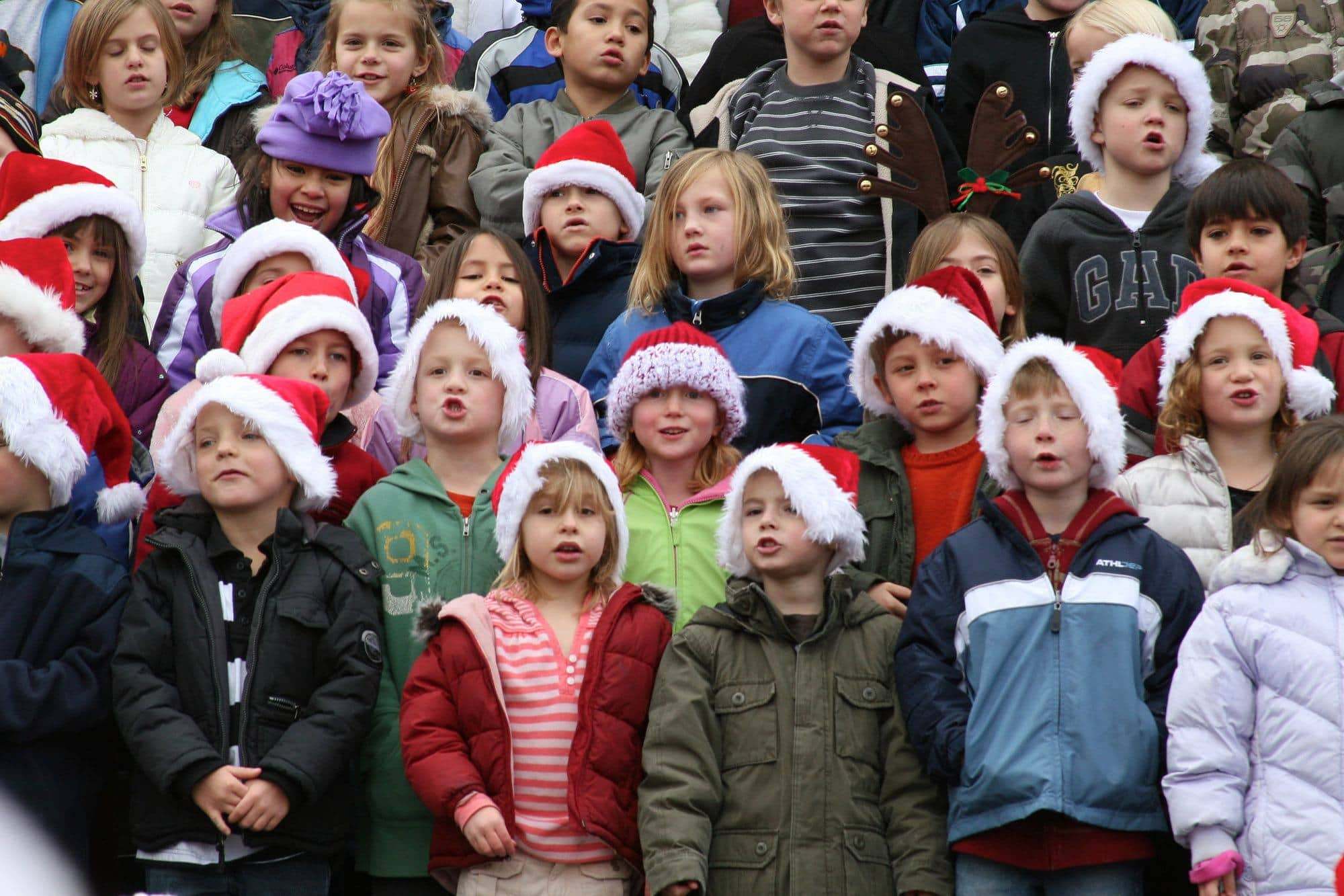 Children singing Christmas carols in Courthouse Square in Arizona's Christmas City
