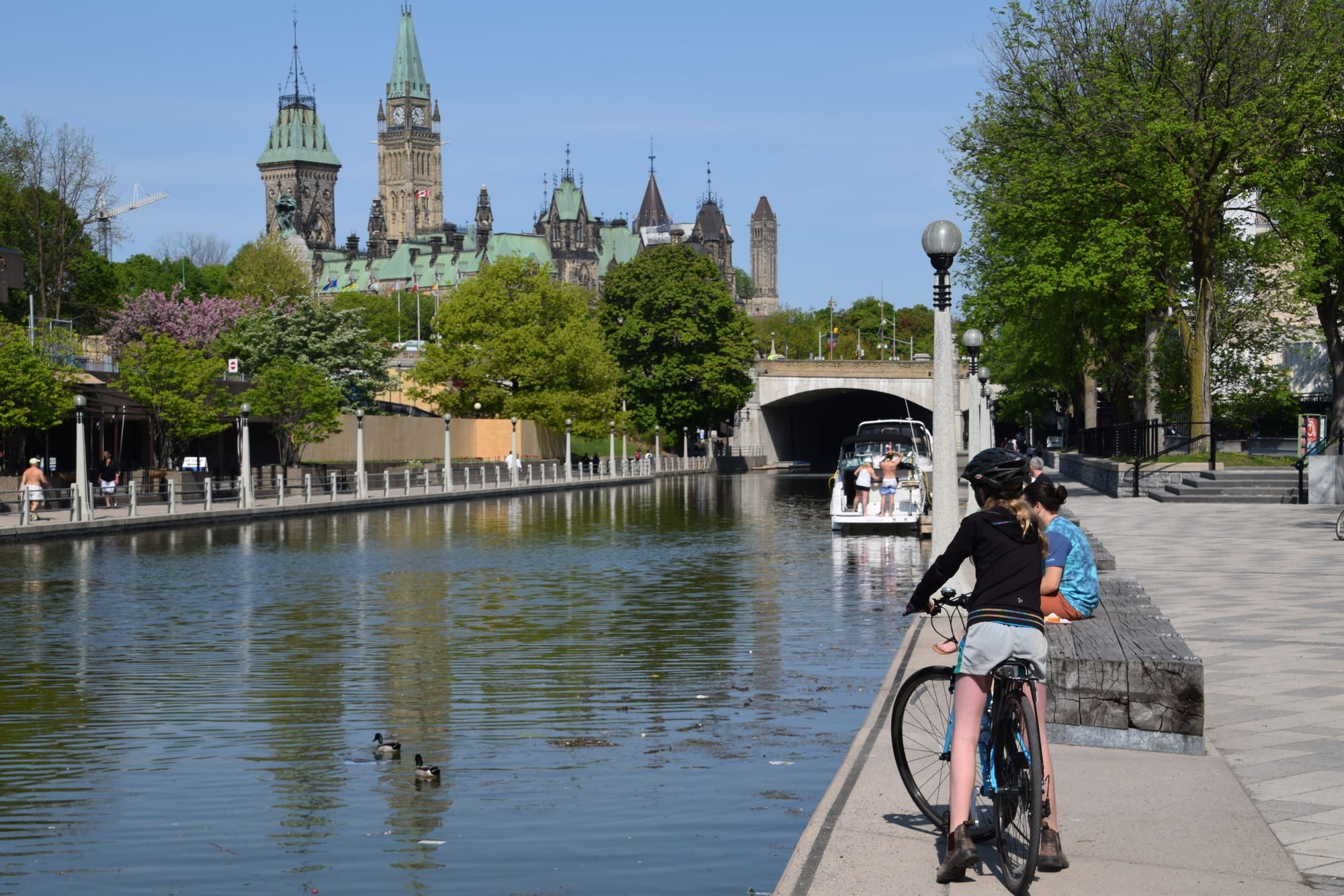 Ottawa by bicycle ~ 25 Places in Canada Every Family Should Visit