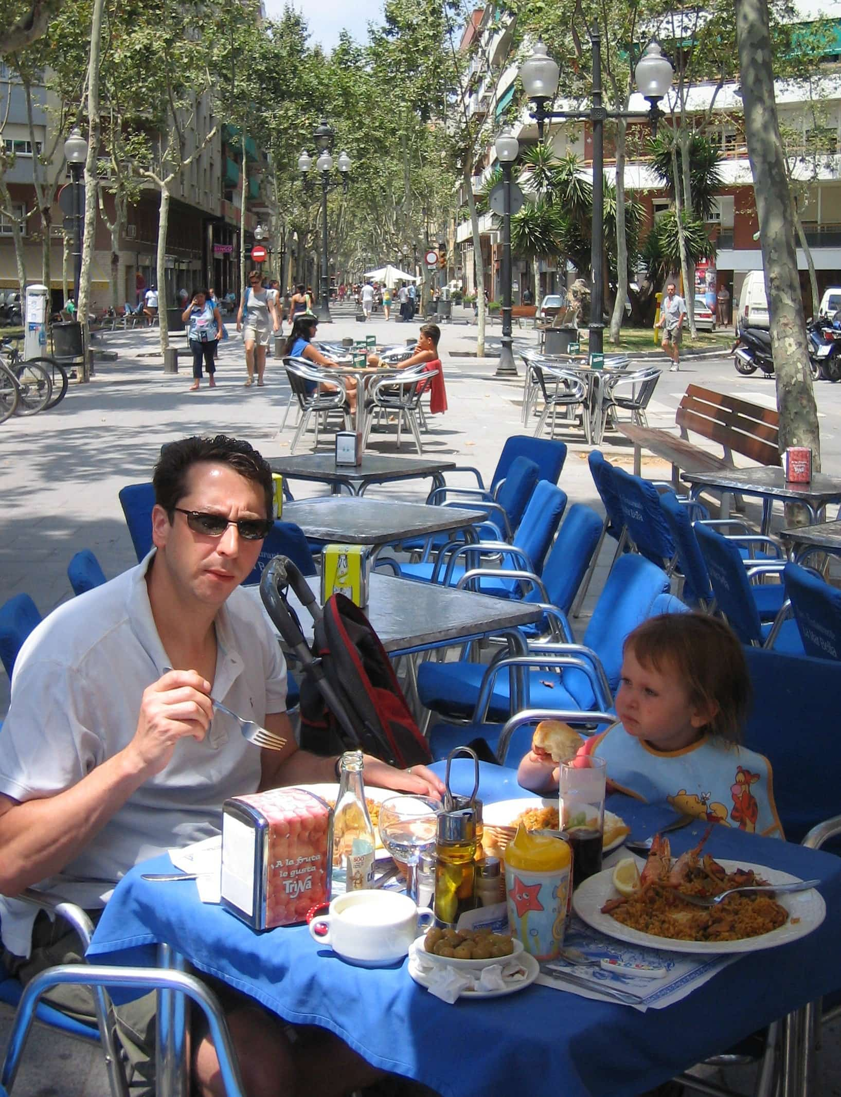 A Catalonian lunch of Paella in Barcelona with kids