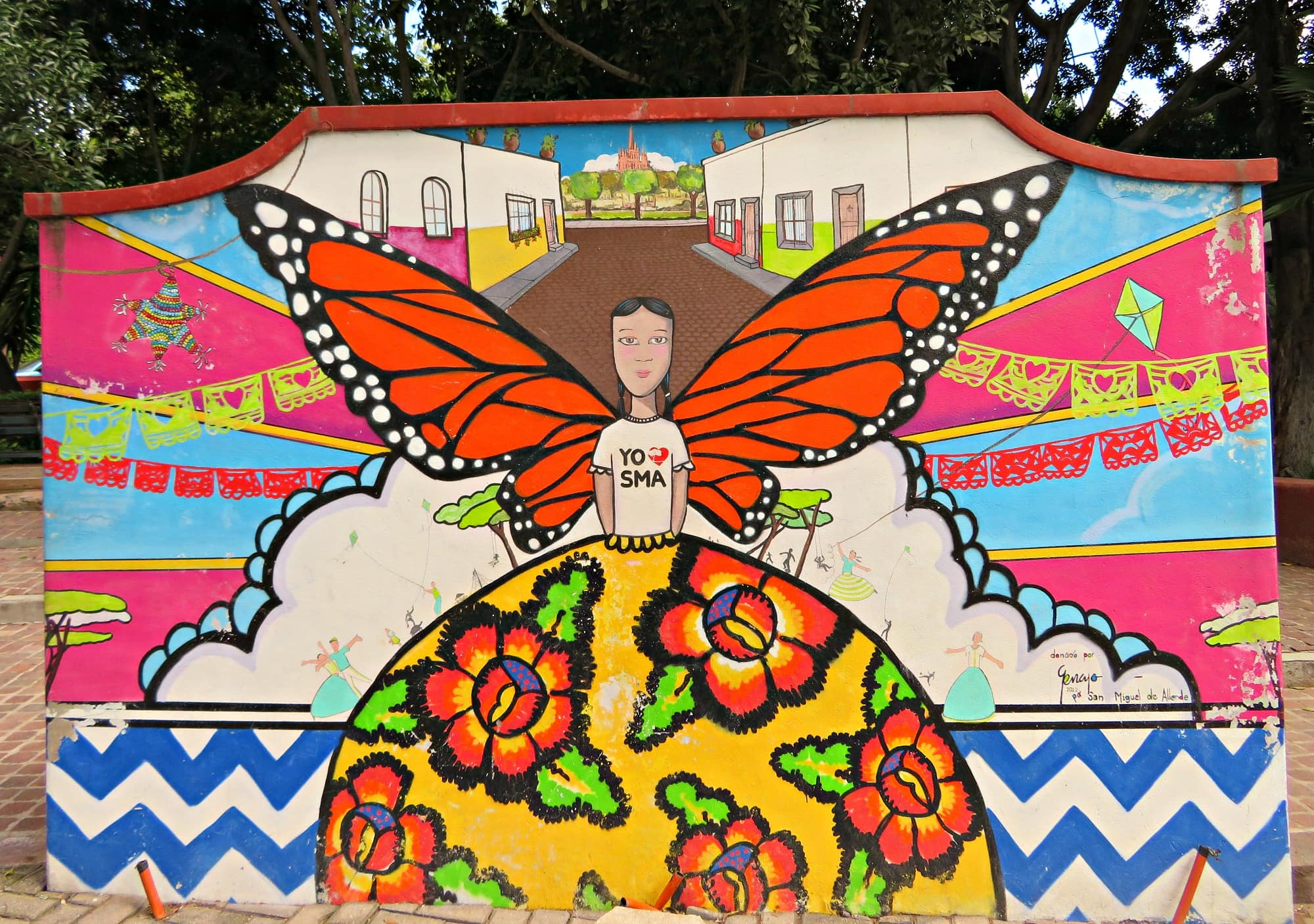 A colorful mural at Parque Juarez embodies the spirit of San Miguel de Allende with kids