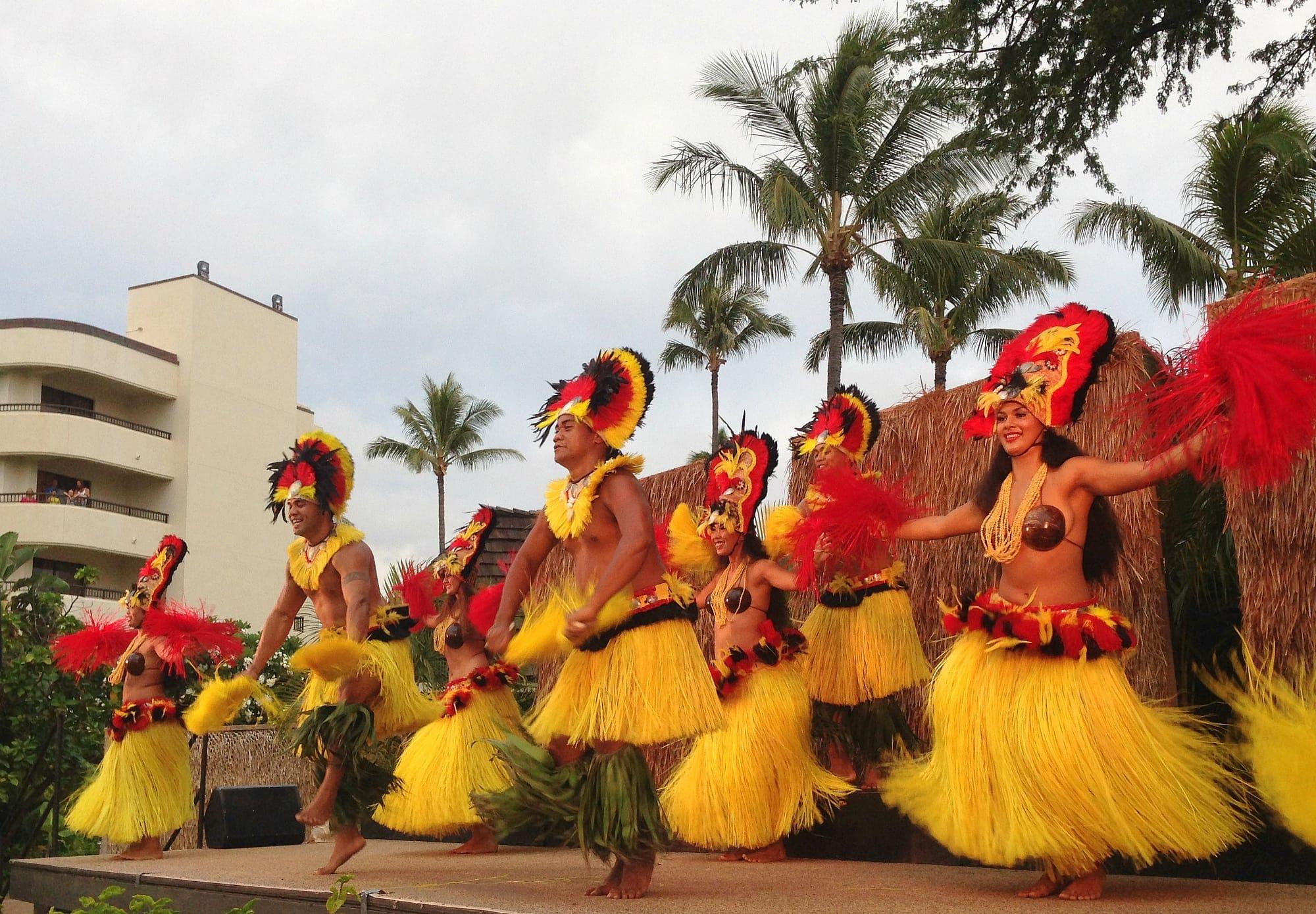 Maui Nui Luau at Black Rock, hosted by the Sheraton Maui Resort & Spa ~ Kaanapali with kids