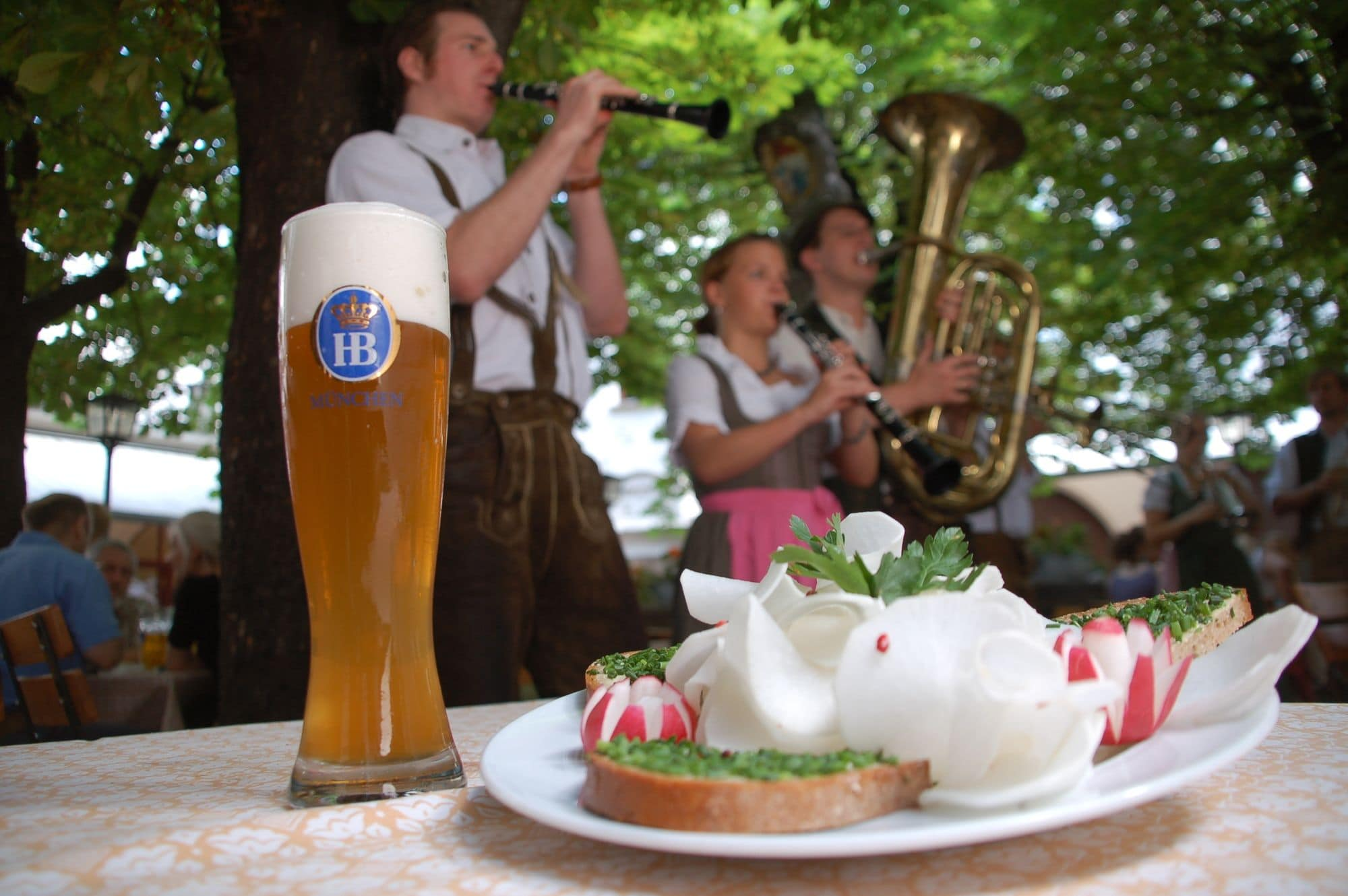 Enjoy traditional Bavarian beers and cuisine at the Hofbraeuhaus in Munich with kids