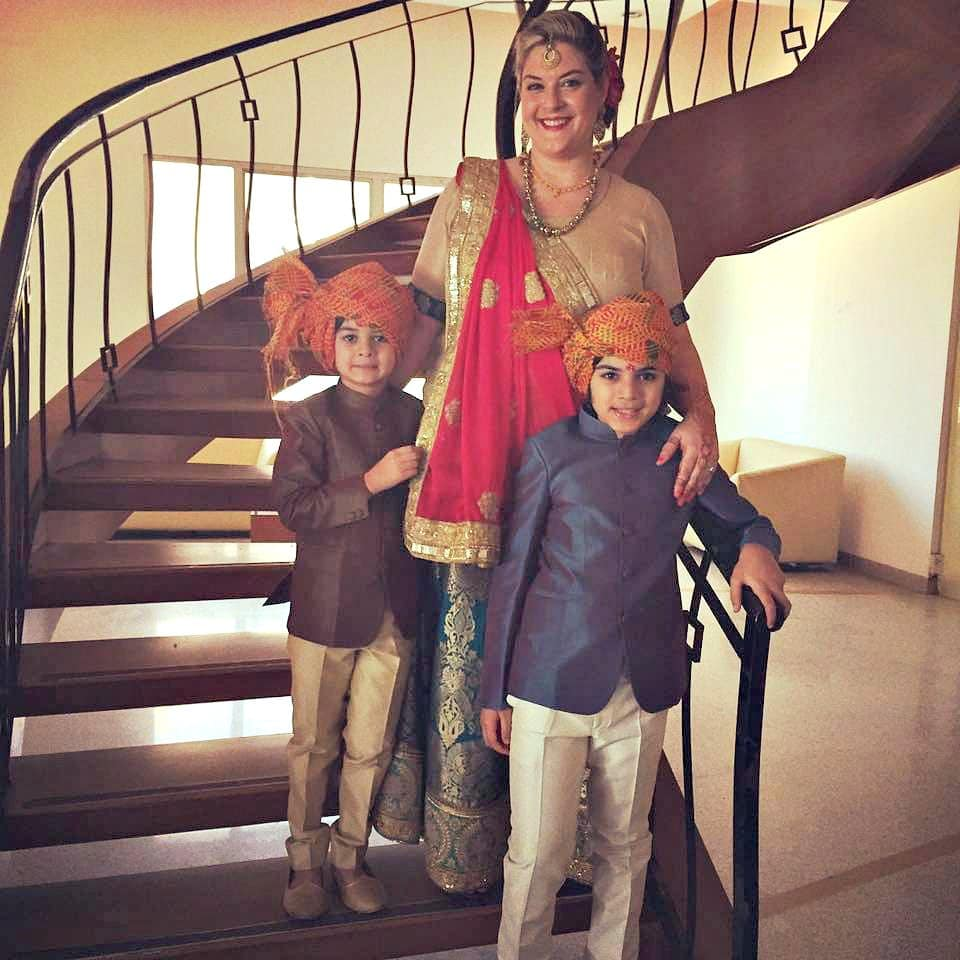 Embrace the culture when traveling to India with kids