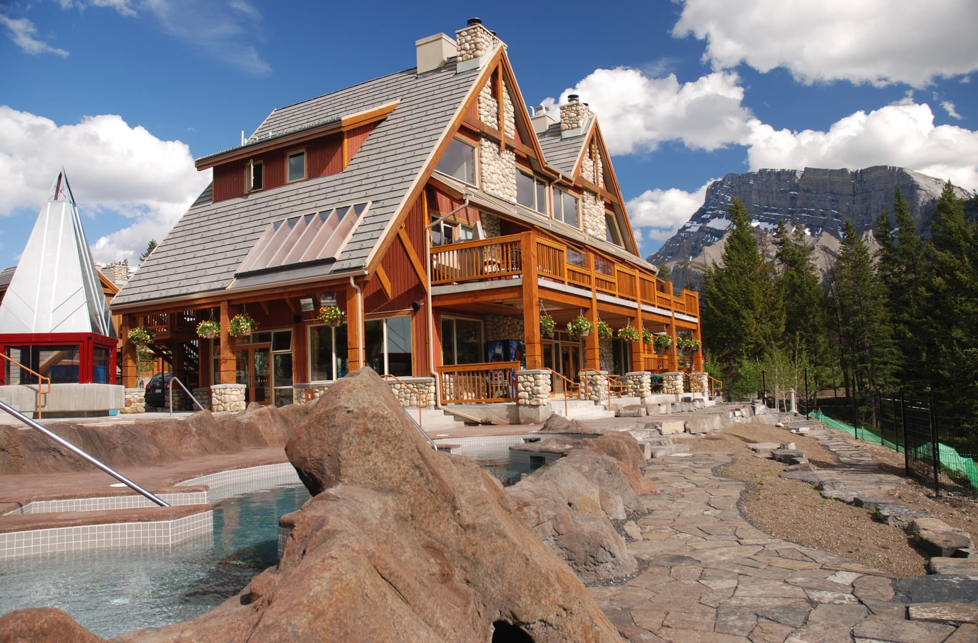 The Hidden Ridge Hotel offers condo-like accommodations for families