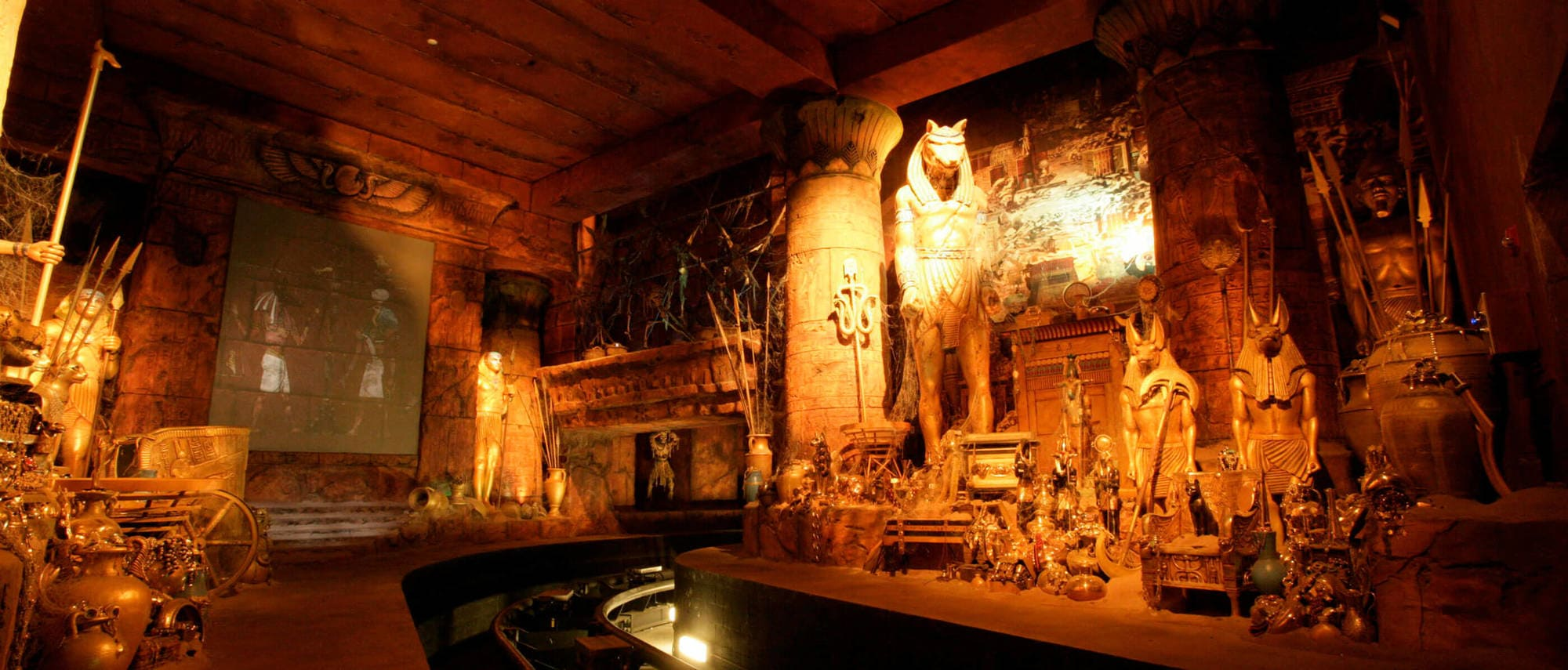 Make use of the Ride Swap option for scarier attractions like Revenge of the Mummy – The Ride