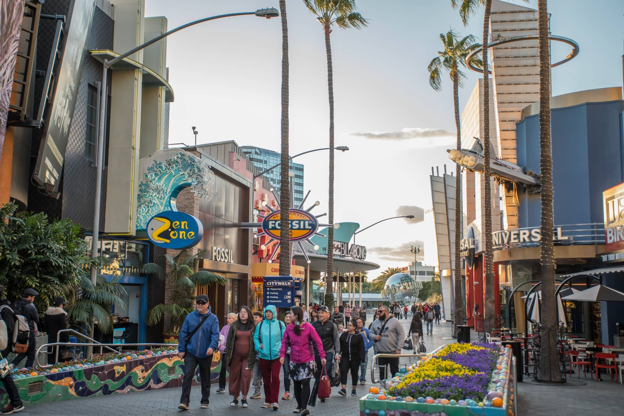 Universal CityWalk offers all sorts of dining and shopping options just outside the theme park