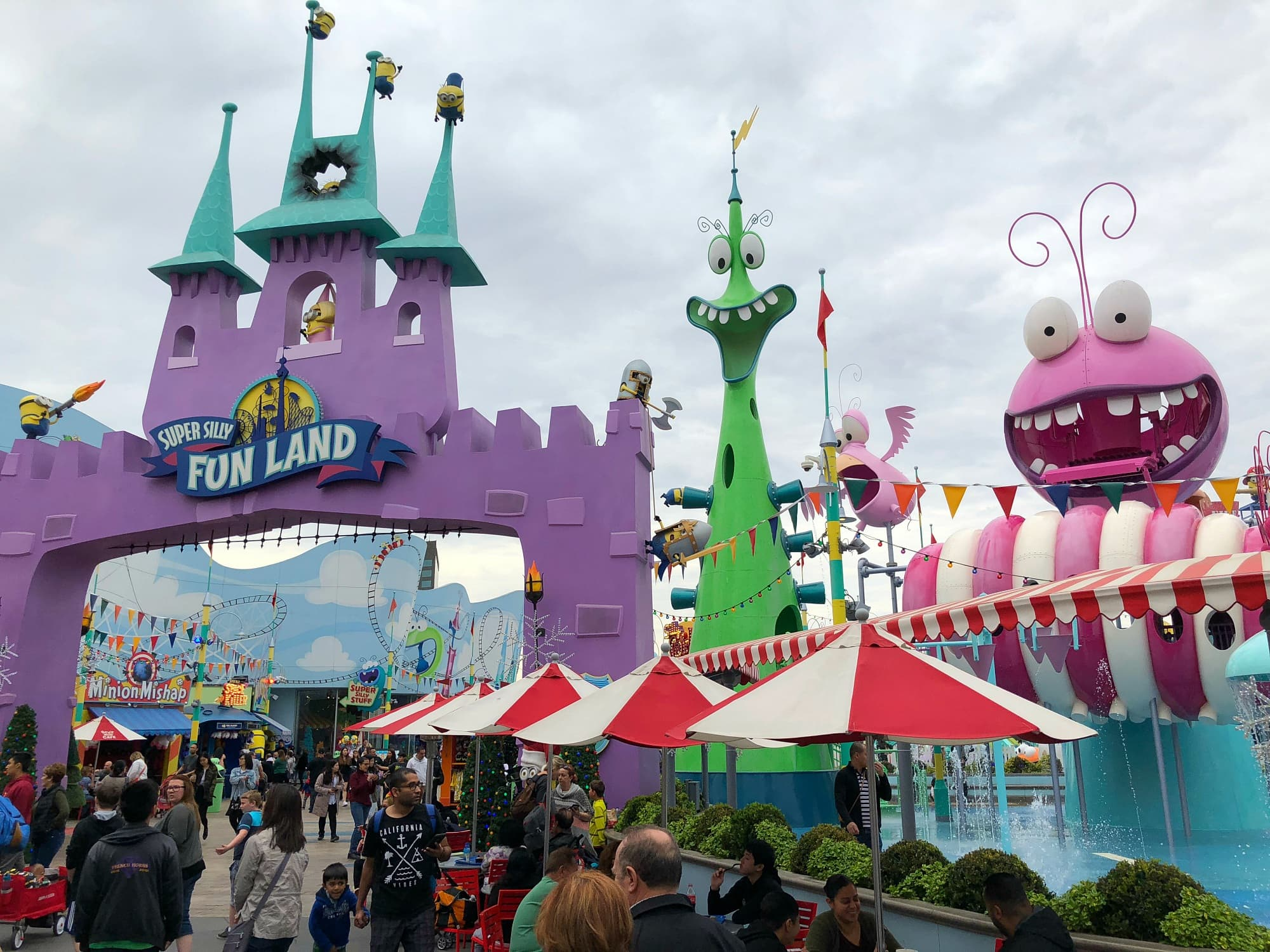 Super Silly Fun Land is a super splashy place at Universal Hollywood with kids