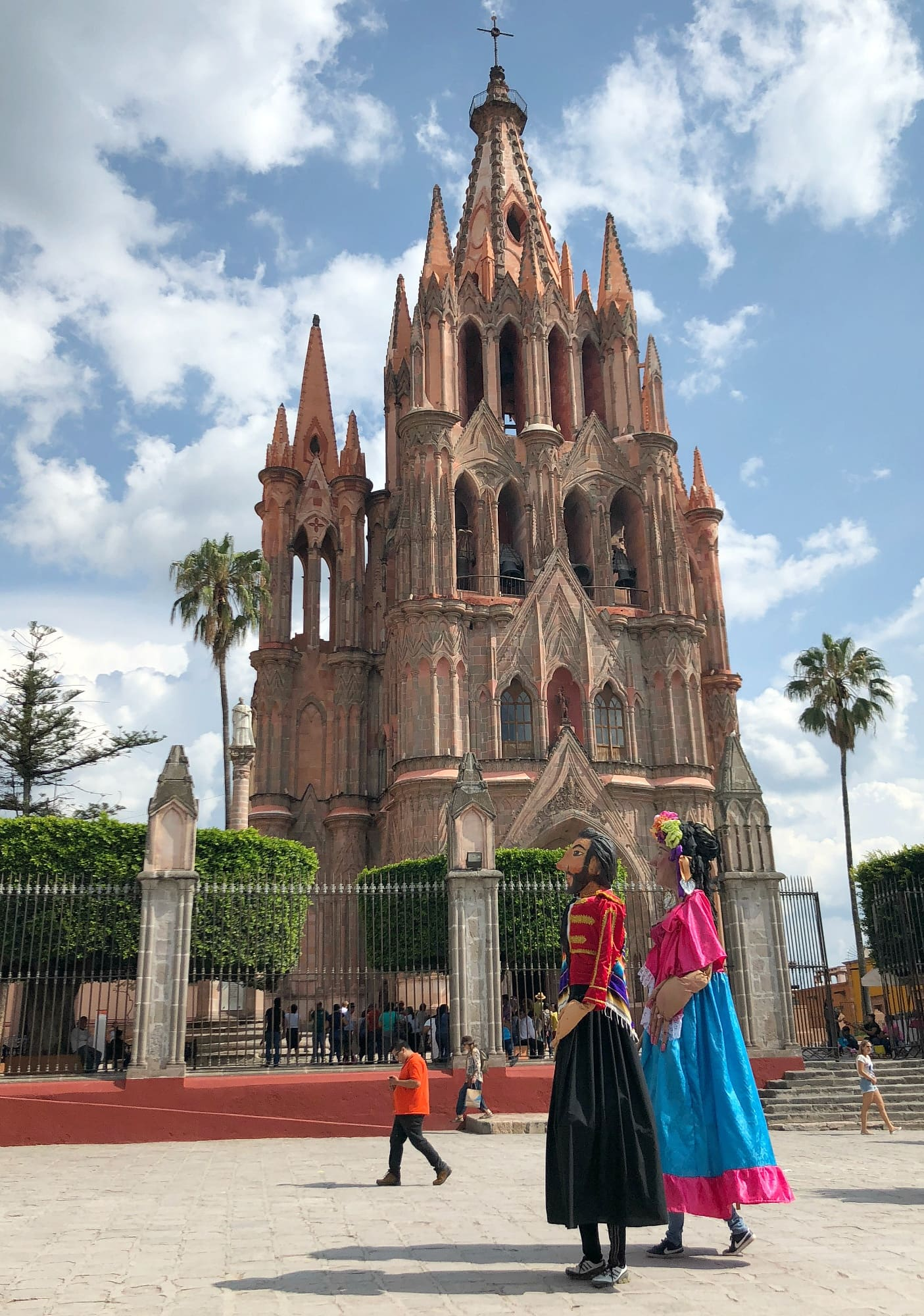 You may spy mojigangas, giant masked celebratory characters, marching near the Parroquia in San Miguel de Allende with kids