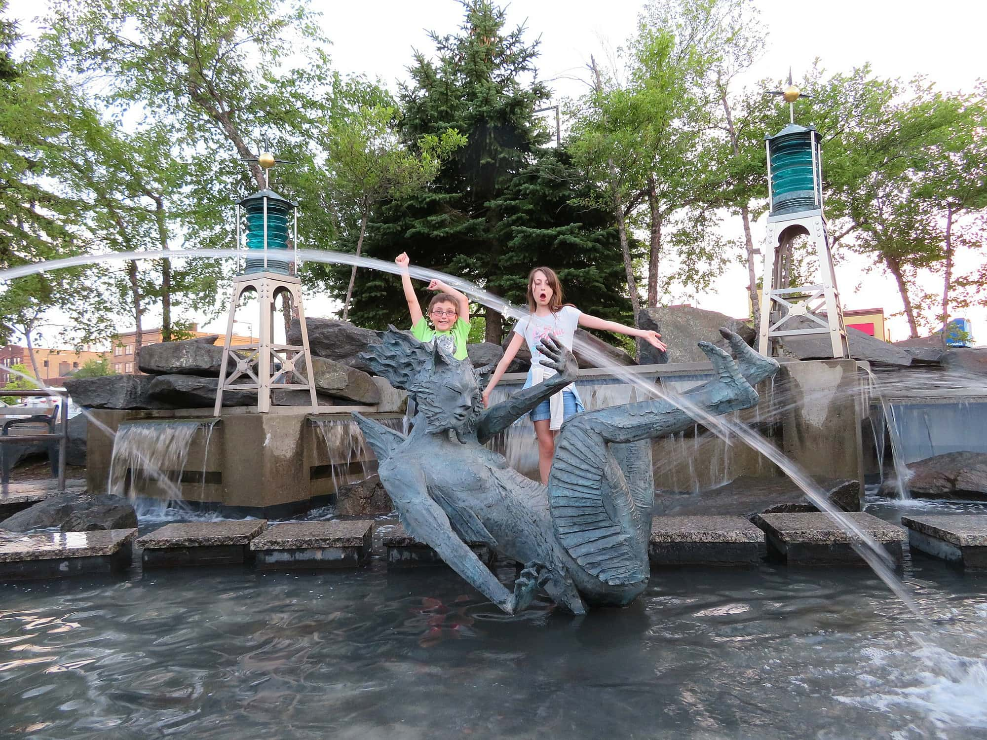 Fountain of the Wind in Canal Park, Duluth with kids
