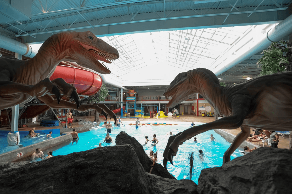Raptor Reef Indoor Waterpark at Triple Play Resort Hotel & Suites ~ Best Indoor Hotel Pools for Kids
