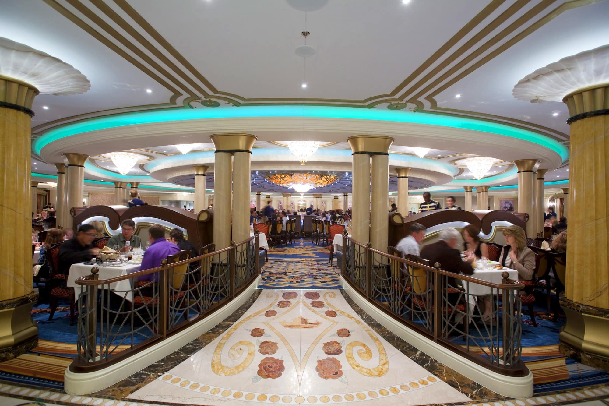 Feel like royalty when dining at the Royal Palace on Disney Dream with babies, toddlers and children