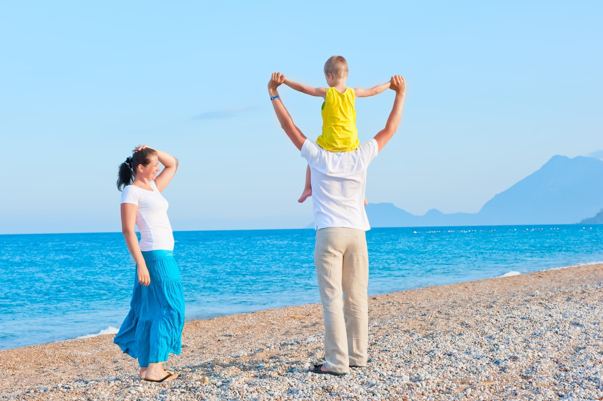 Use these tips to save money on travel with babies, toddlers and young children!