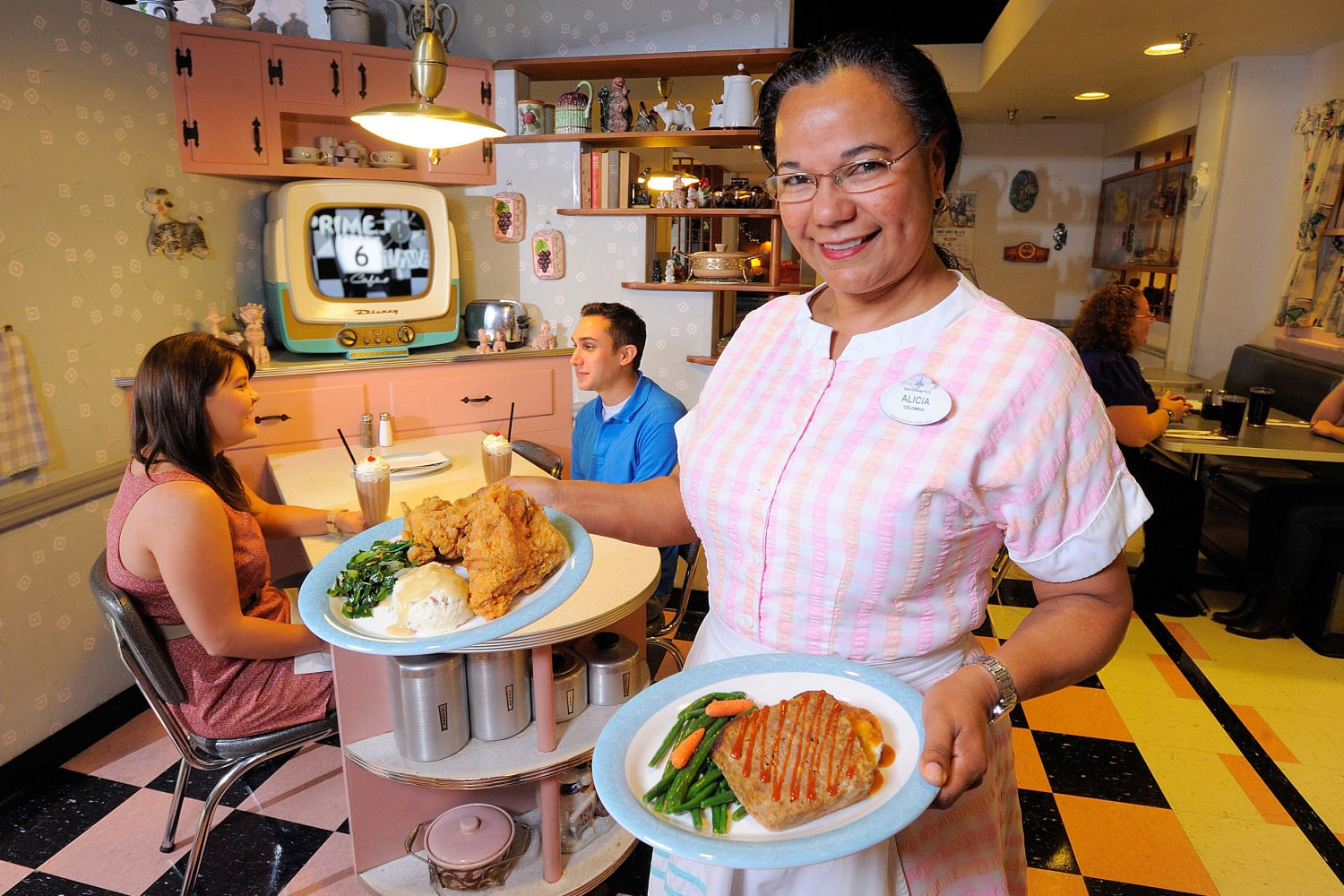 50's Prime Time Cafe at Disney's Hollywood Studios with Kids
