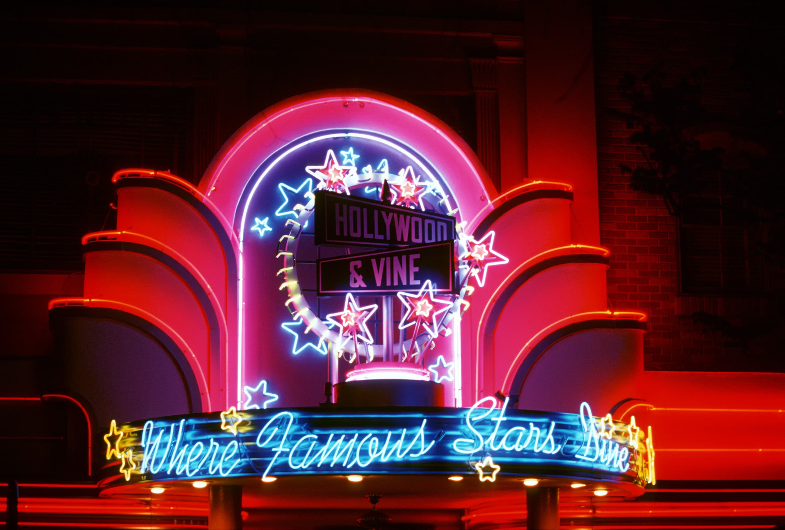 Hollywood & Vine restaurant at Disney Hollywood Studios with kids