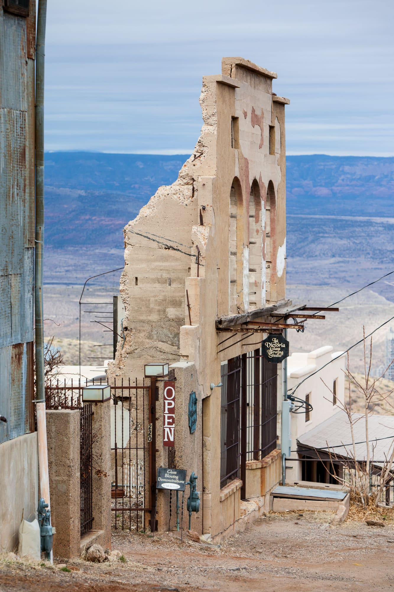 Although hundreds of people now live in Jerome, long-empty buildings remind visitors that this truly is a ghost town