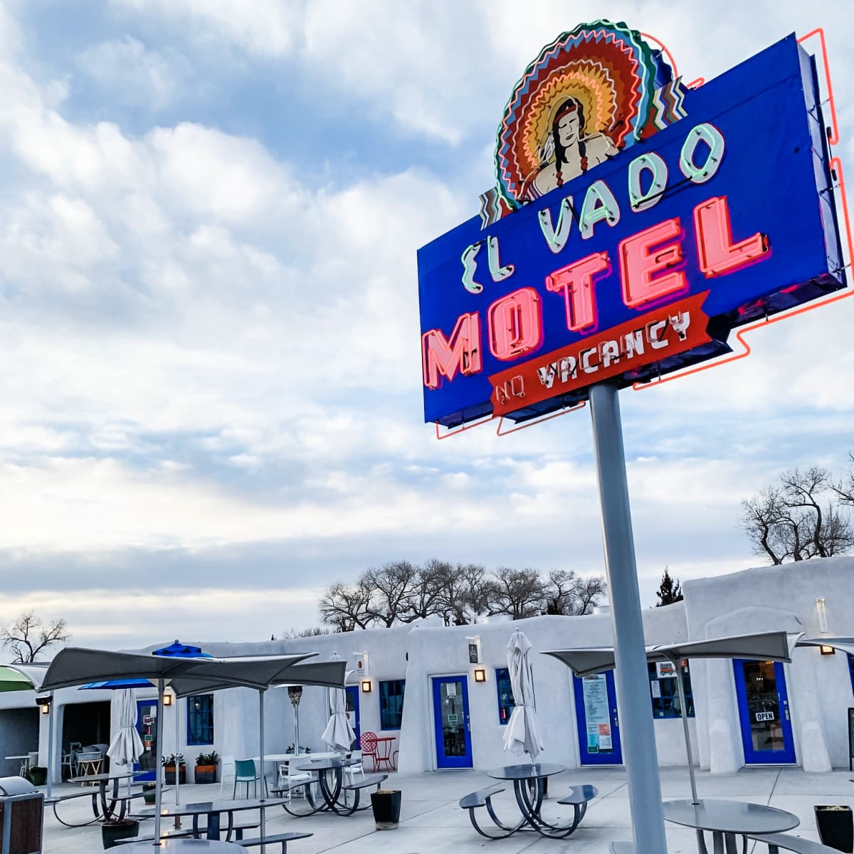 Dig the retro vibes at El Vado Motel in Albuquerque with children