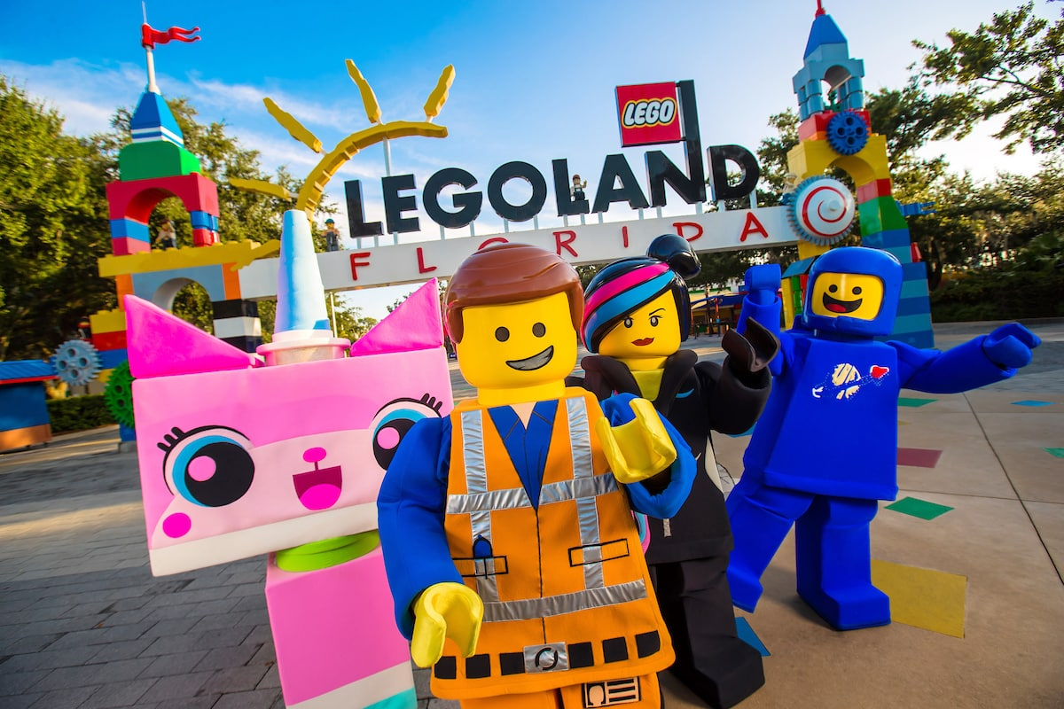 Celebrate Frontier Airlines' Kids Fly Free promotion by entering to win an Orlando family vacation to LEGOLAND Florida!