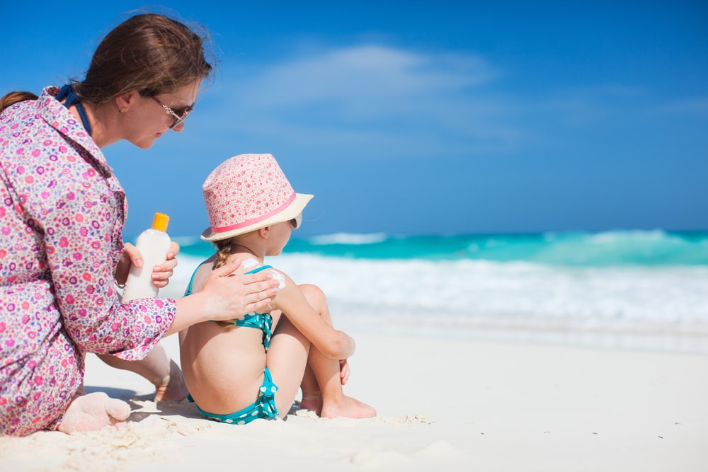 Be sure to apply sunblock on kids when traveling, even when you're NOT at the beach