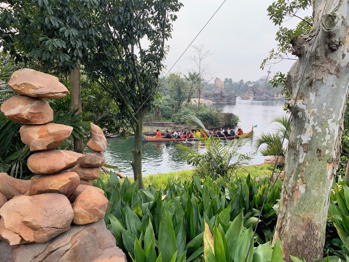 People-powered Explorer Canoes at Shanghai Disneyland