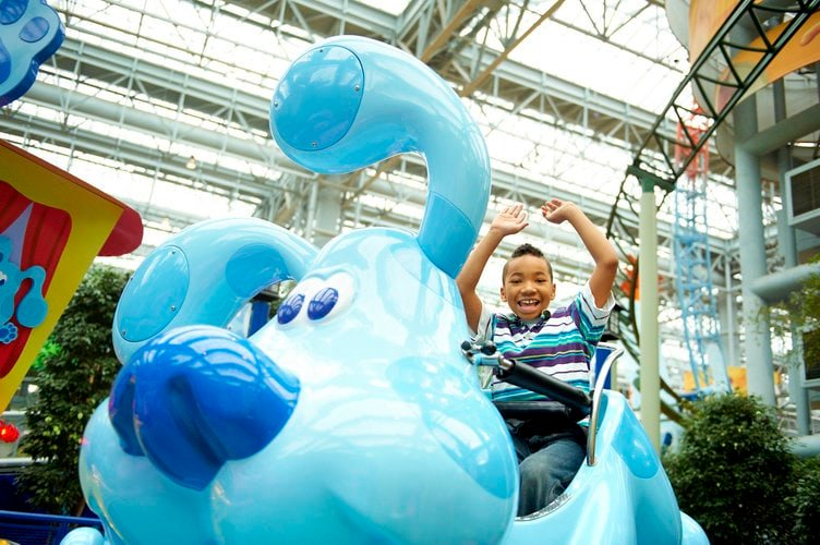 Blue's Skidoo, A Blue's Clues Themed Ride at Mall of America