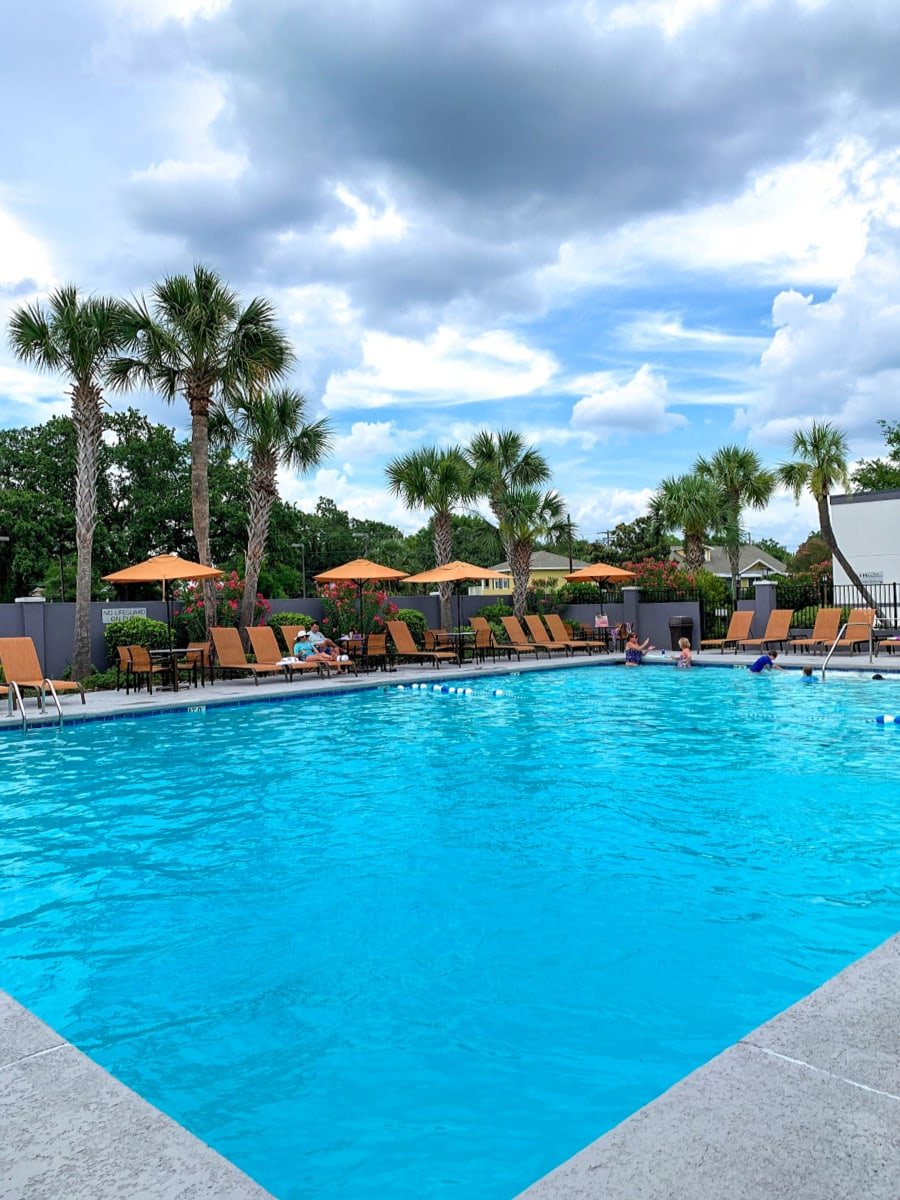Courtyard by Marriott - Gulfport Beachfront pool