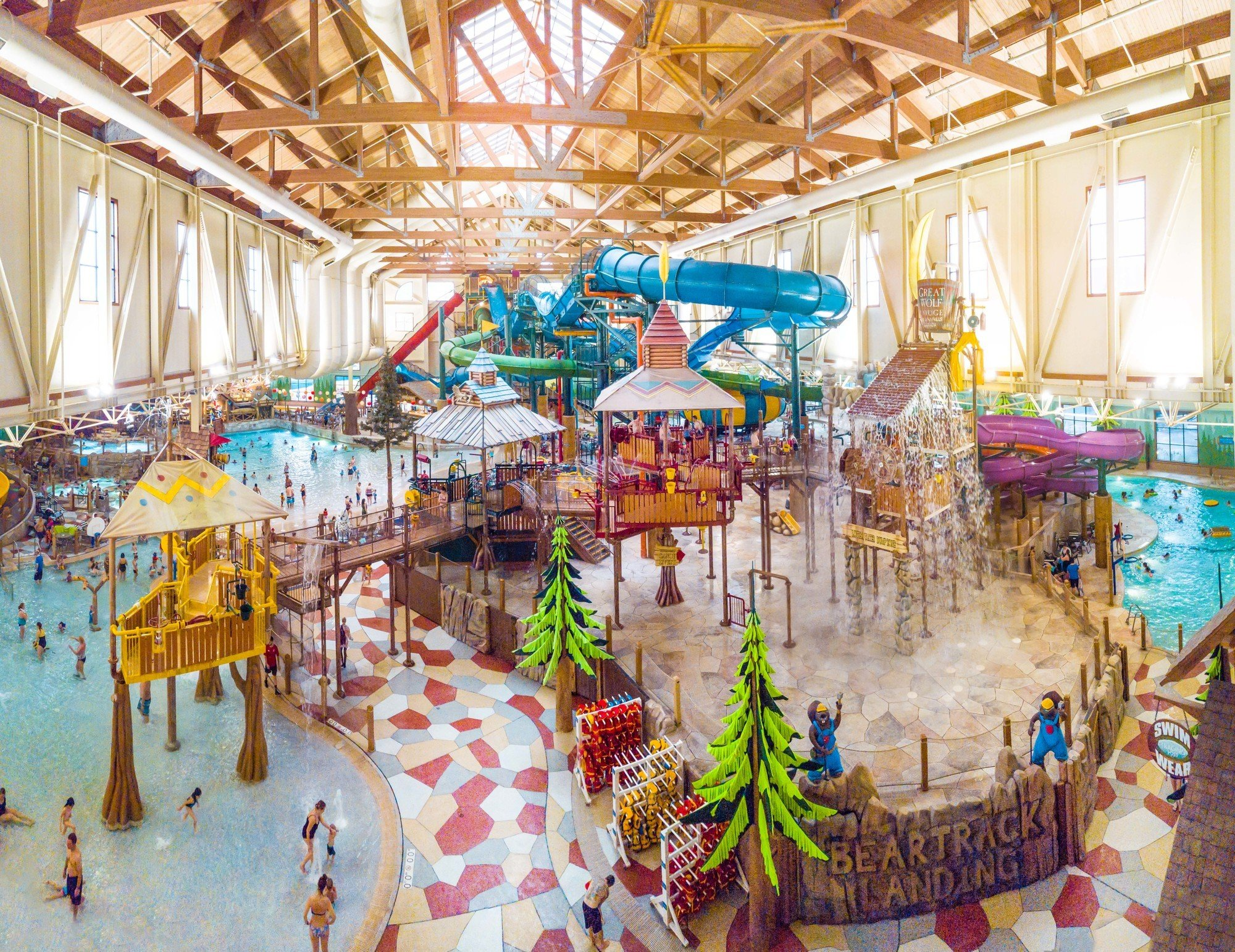Indoor waterpark at Great Wolf Lodge Niagara Falls