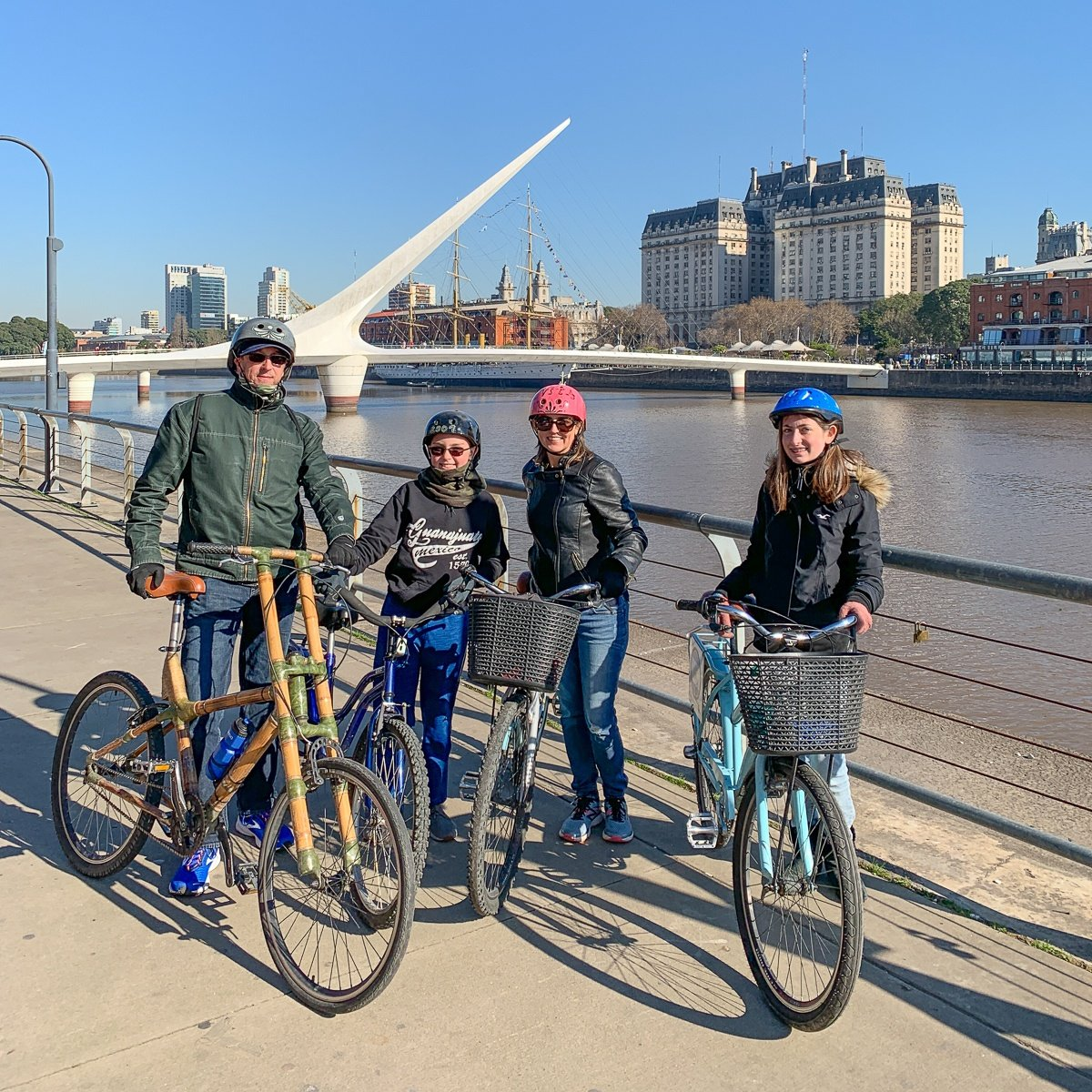Family bicycle tour of Buenos Aires with teen and tween