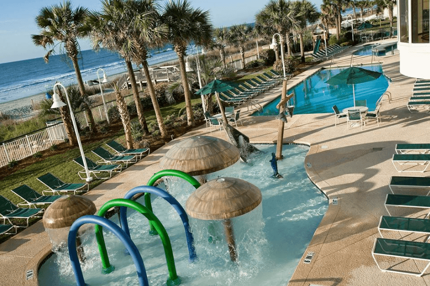 Hampton Inn & Suites Myrtle Beach/Oceanfront pool area