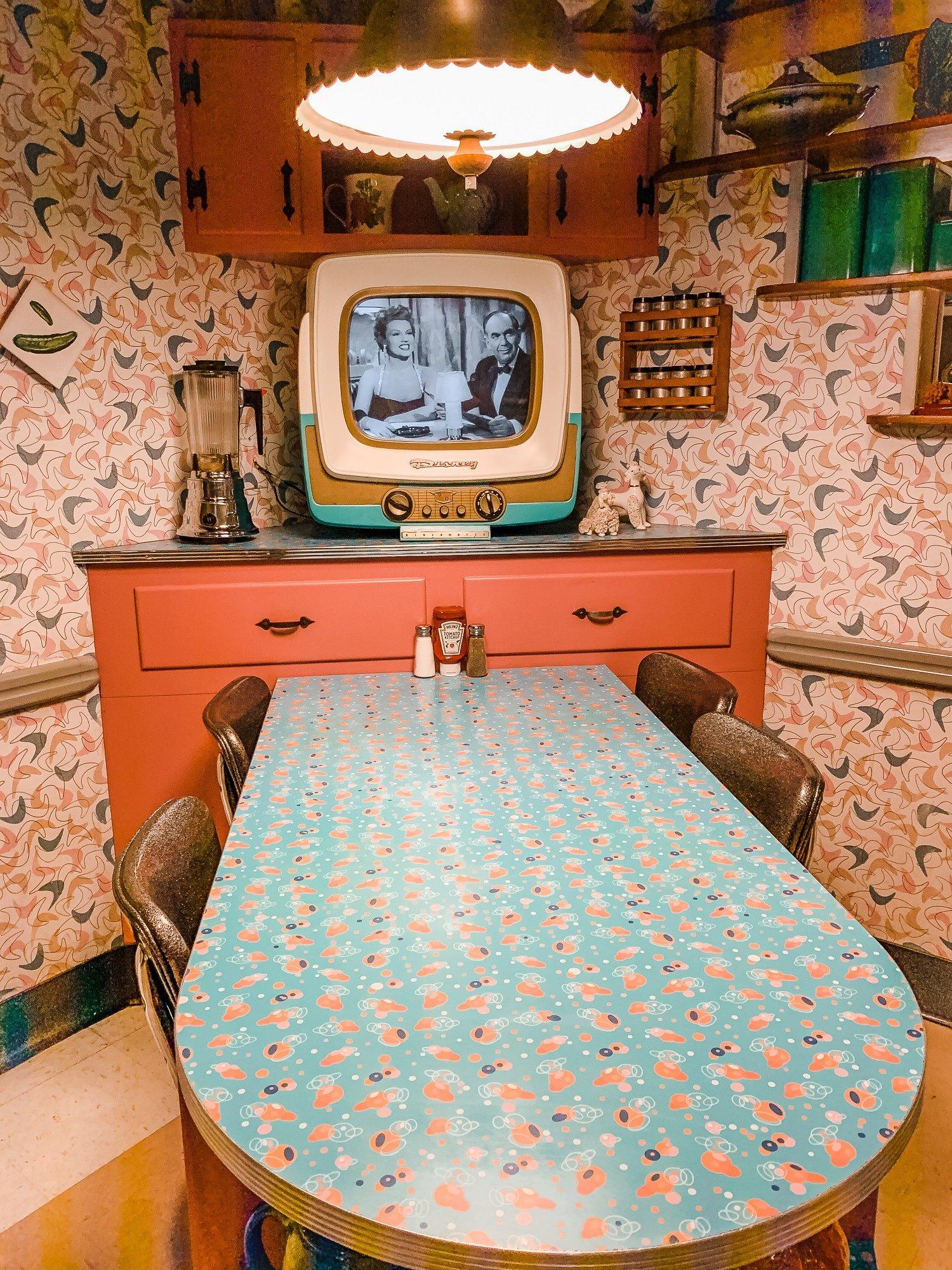 1950's themed Prime Time Café at Disney's Hollywood Studios