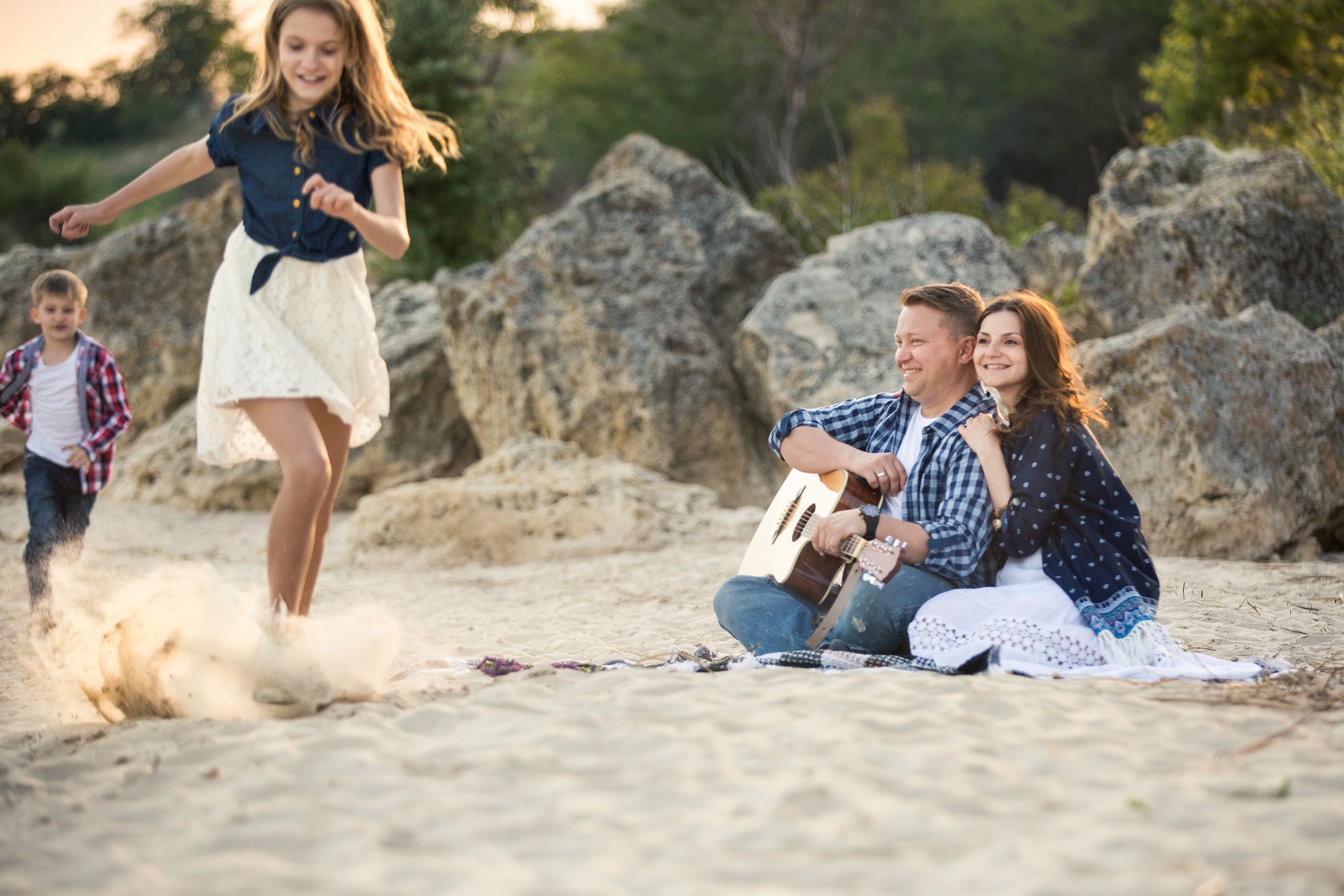 Yes, you can find romance on vacation with kids!