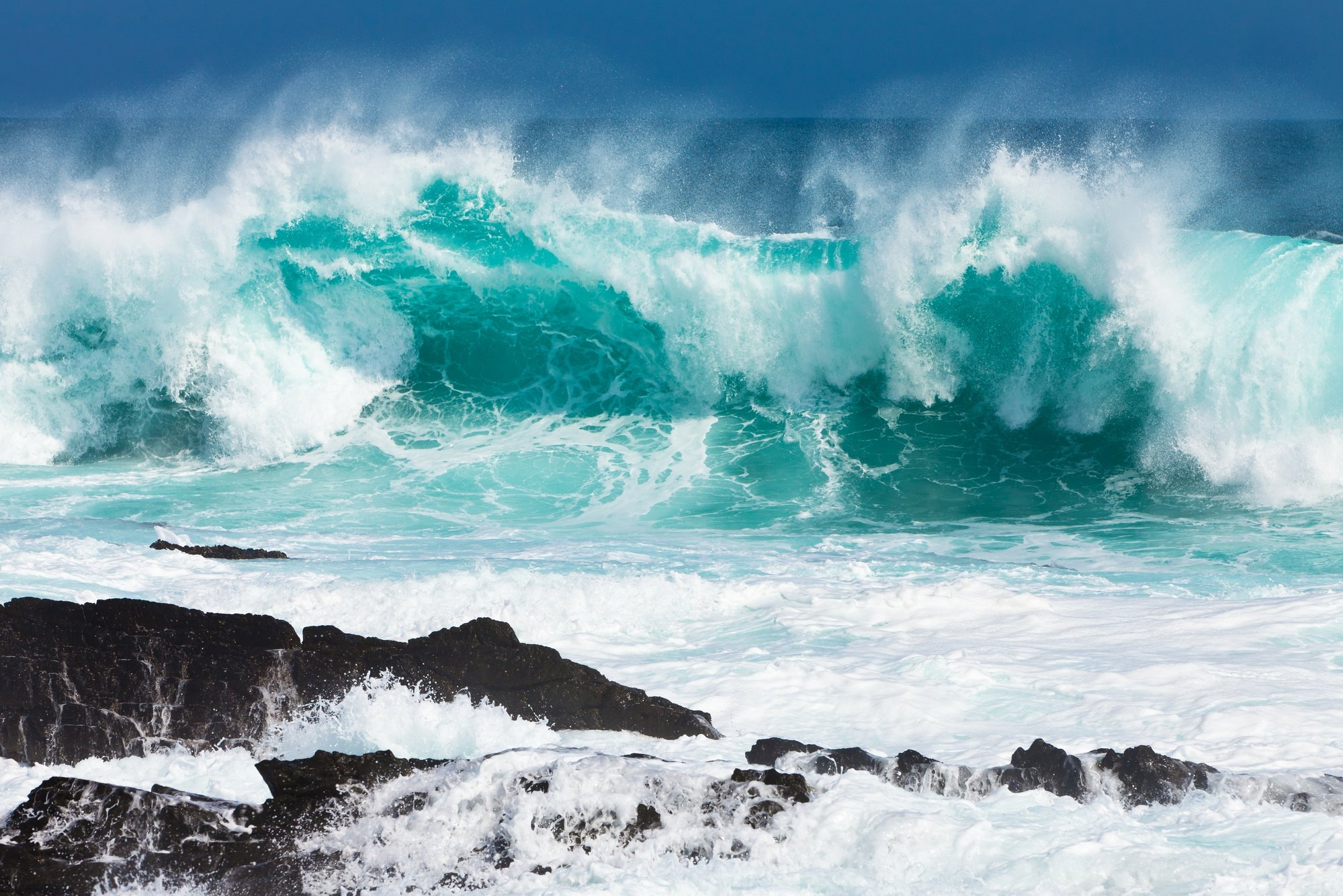 Beware of big waves on your family beach vacation