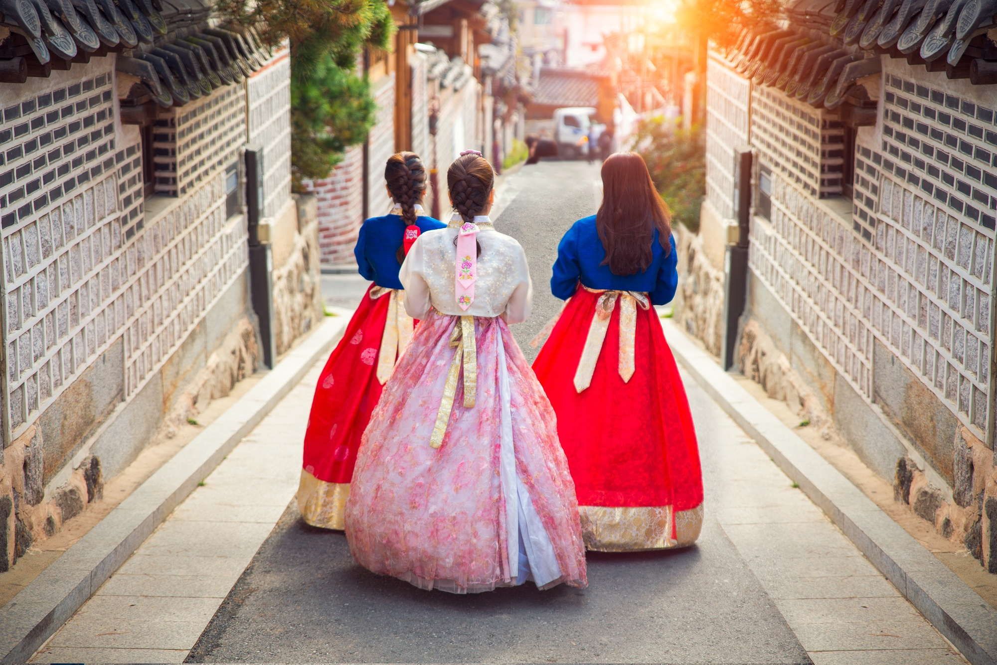 Women wearing hanboks in South Korea