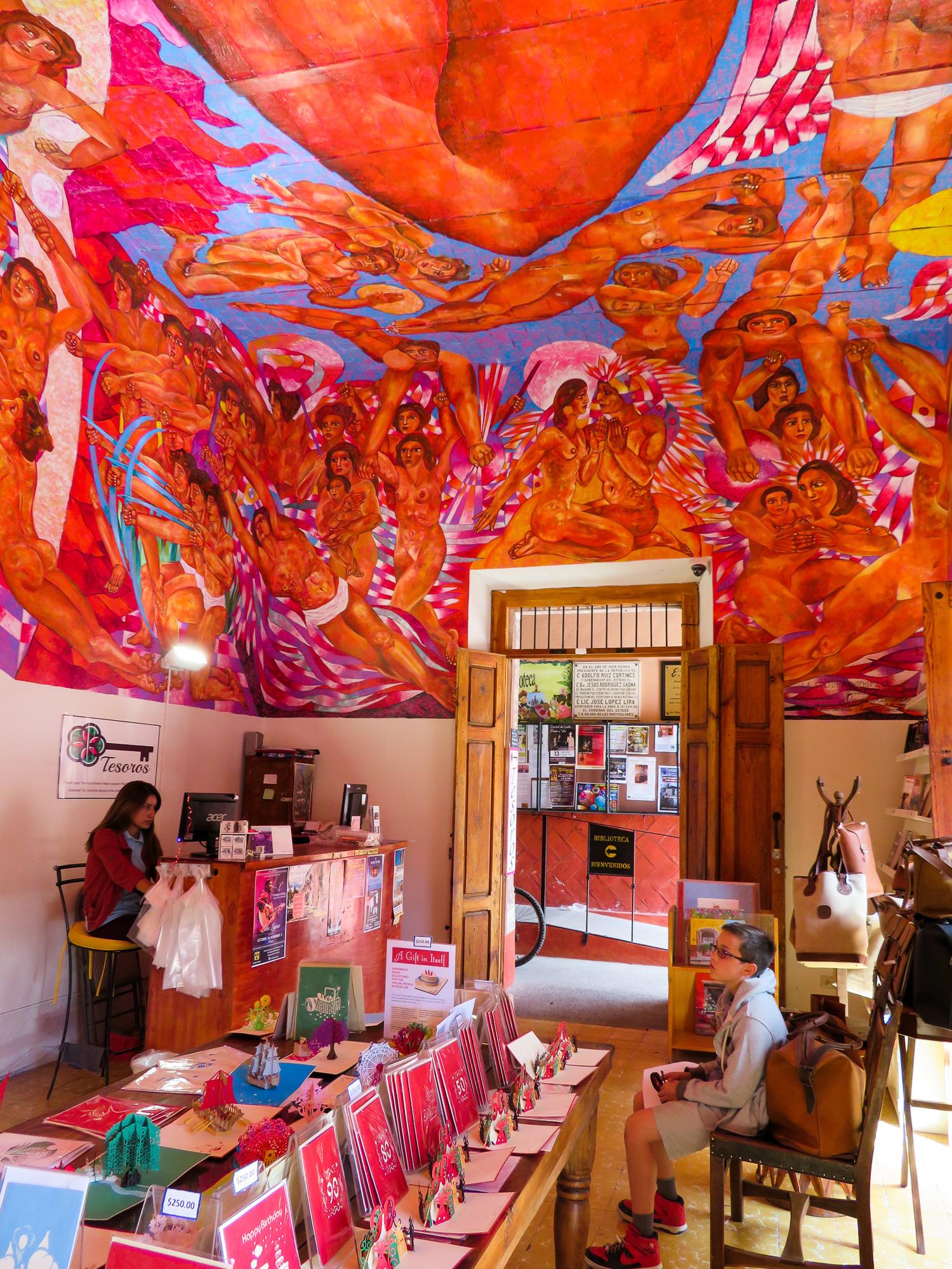 Biblioteca de San Miguel de Allende gift shop with its impressive mural